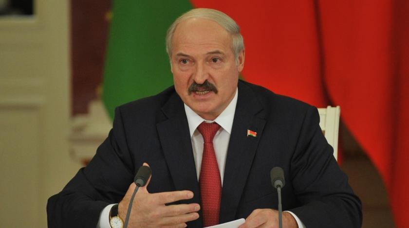 Лукашенко евакуювали з Палацу незалежності
