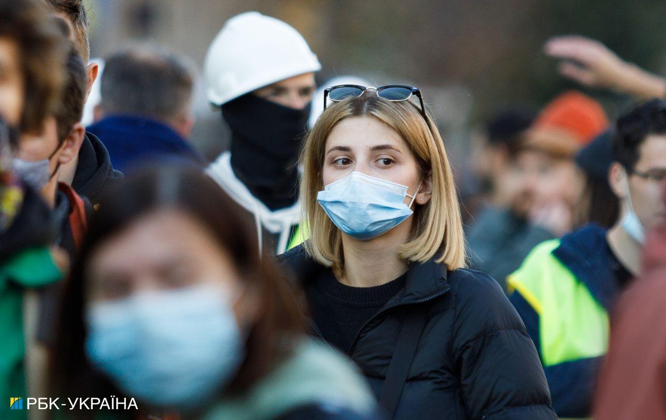 Максимум за весь час пандемії: в Україні більше 26 тисяч нових випадків COVID