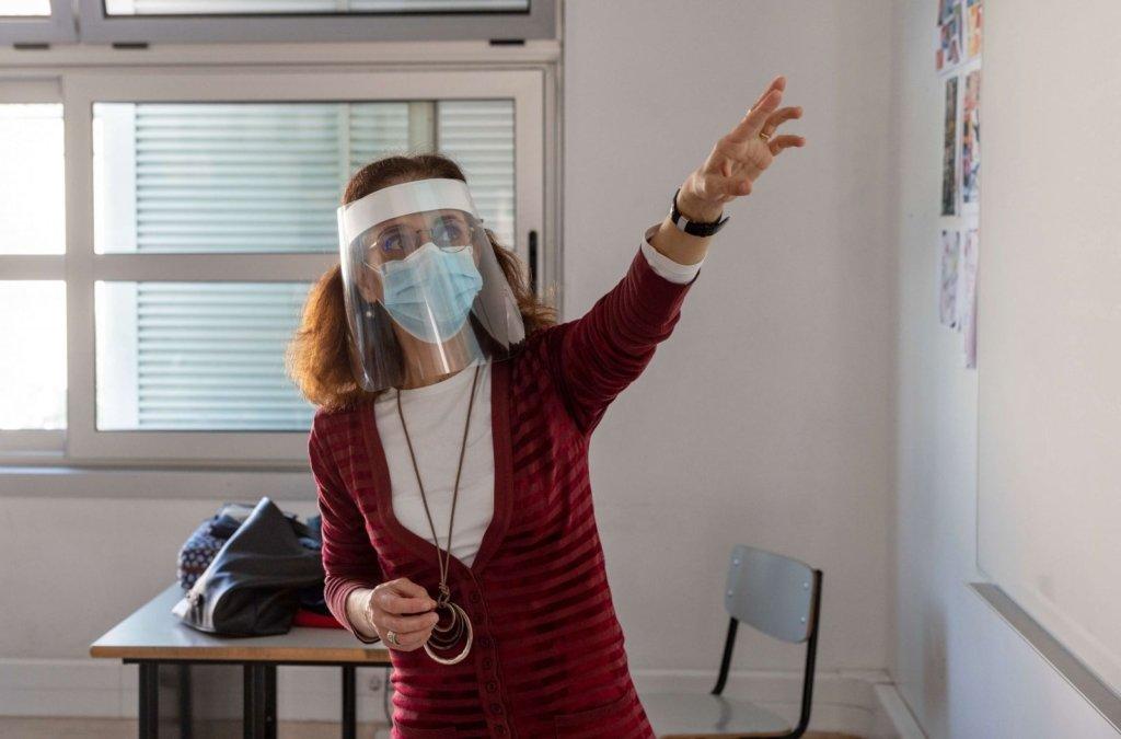 ВООЗ виступила проти закриття шкіл під час пандемії COVID-19