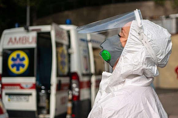 Вчера в Киеве на коронавирус заболели еще 1740 человек