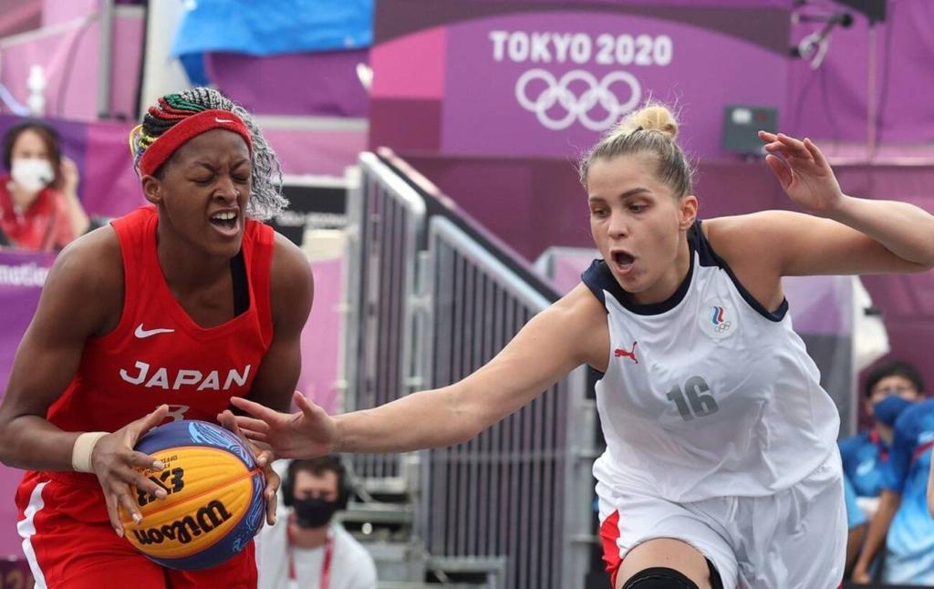 Россиянки выиграли у японок в первом в истории матче олимпийского турнира по баскетболу 3х3