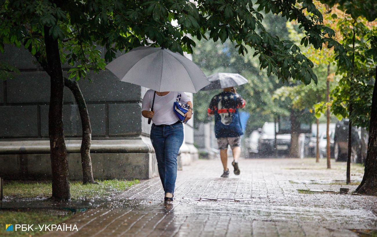 Непогода в Украине без света остались 32 населенных пункта