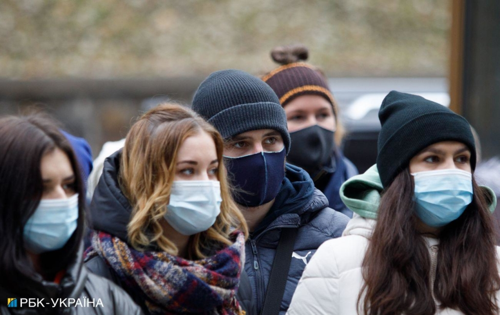 В Україні 5372 нових випадки коронавірусу