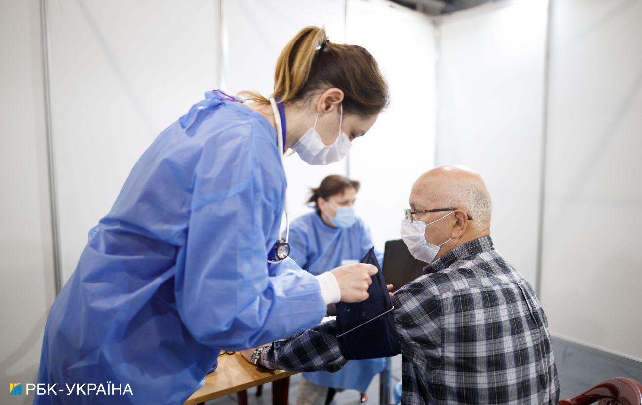 Вакцинация от COVID: в Украине сделали еще почти 160 000 прививок