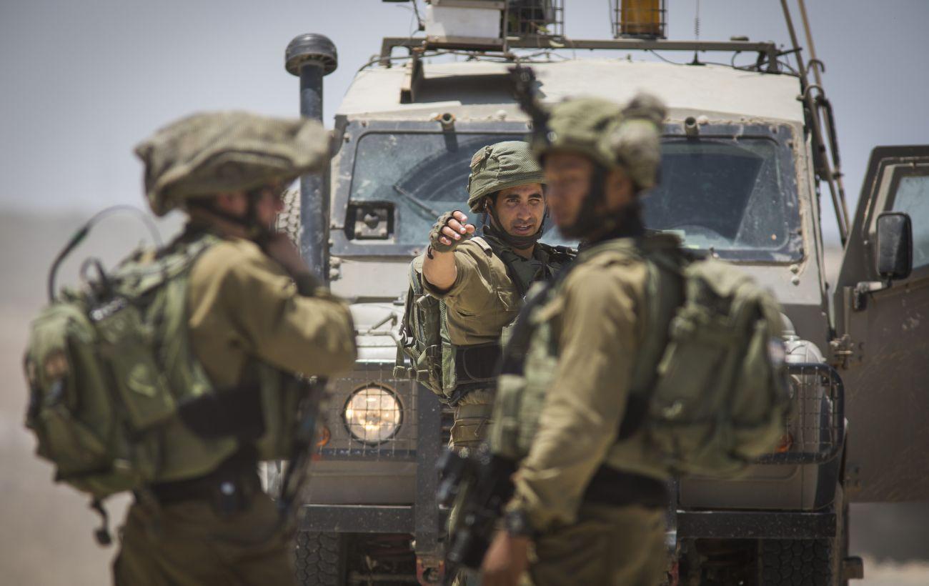 Армия Израиля устроила облаву на ХАМАС. В столкновениях погибли несколько человек