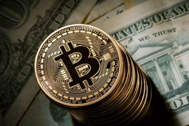 Курс биткоина впервые приблизился к $ 27 000