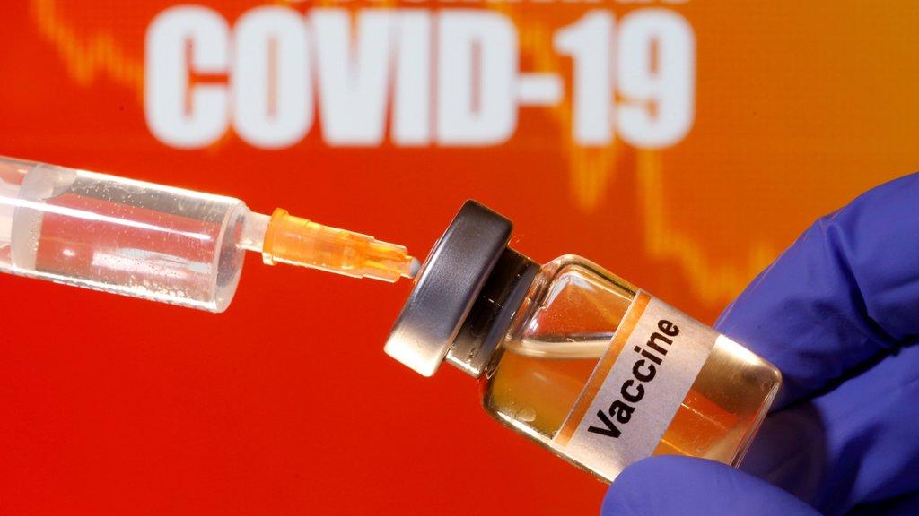 Зеленський розповів сумну правду про українську вакцину від COVID-19