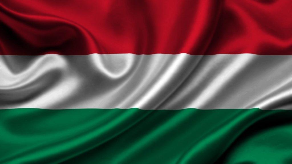Угорщина першою через COVID-19 повторно закриває кордон
