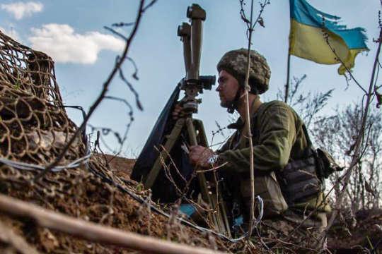 Минулої доби російські окупанти тричі порушили перемир'я