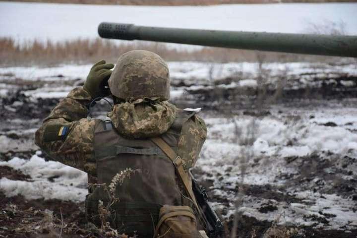 Доба на Донбасі: окупанти поранили двох українських військових