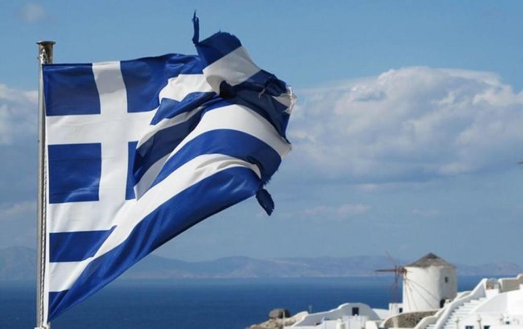 Греция приняла первых туристов после длительного перерыва из-за коронавирус