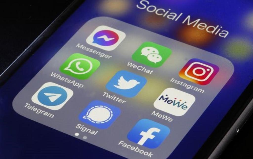 """Суд у Москві оштрафував Facebook і Telegram за відмову вилучити """"заборонену інформацію"""""""