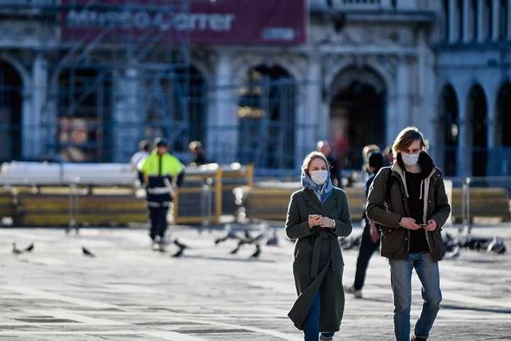 Австрія продовжить жорсткий локдаун через коронавірус