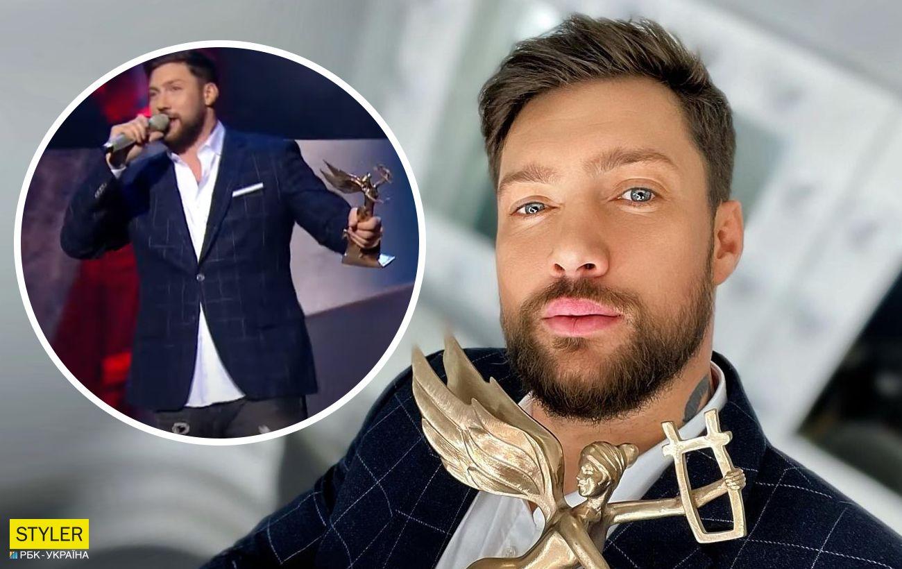 Популярний український співак вийшов на сцену п'яним: жонглював мікрофоном і матюкався (відео)