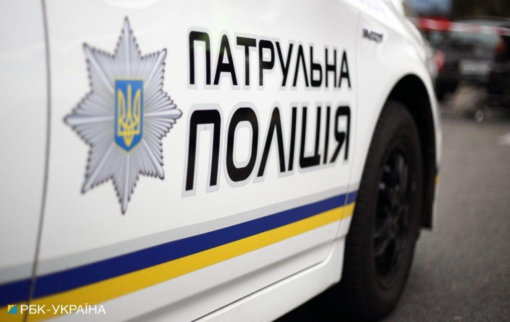 Закладки и более кило амфетамина: в Киеве со спецназом задержали наркоторговца