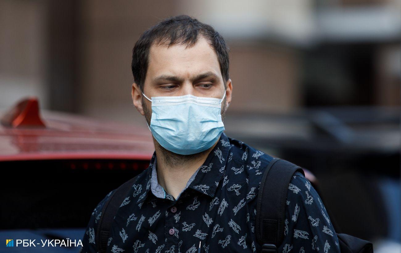 Сенат Франции одобрил ужесточение ограничений для непривитых от коронавируса