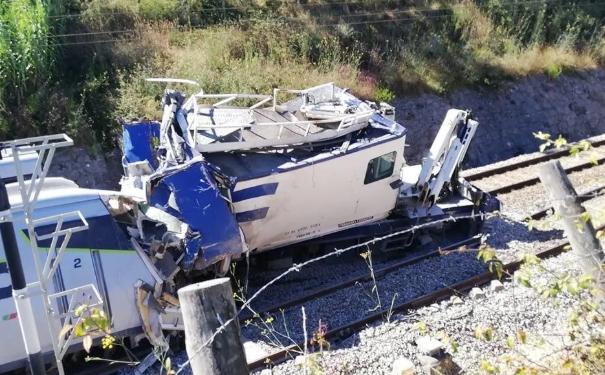 Зіткнення потягу в Португалії: кількість жертв зросла