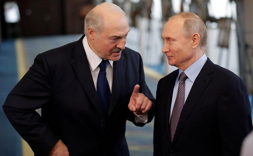 Білорусь за рахунок кредиту від Росії погасила борг перед «Газпромом»