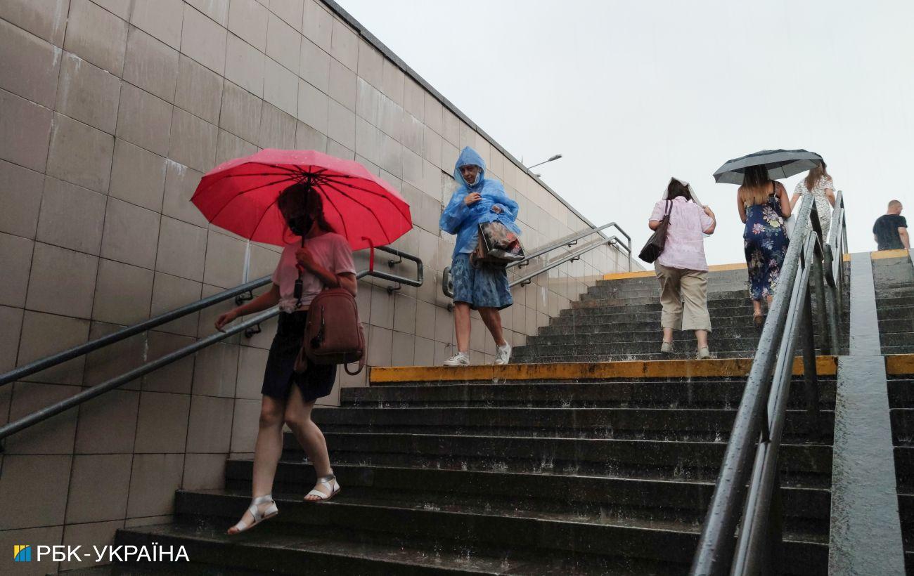 Половину страны накроют дожди, но будет жарко: прогноз погоды на сегодня