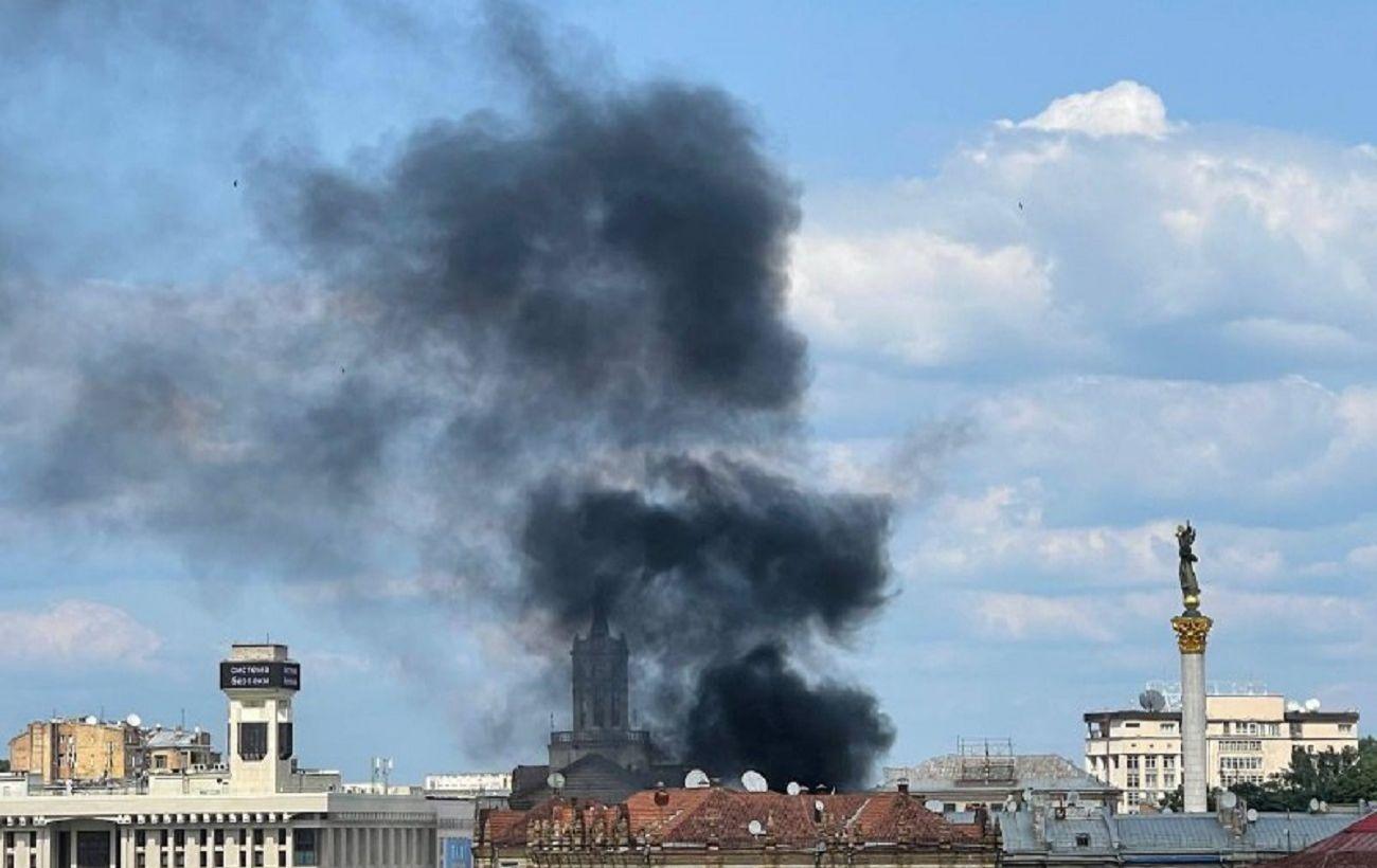 На Хрещатику в Києві виникла пожежа: що відбувається