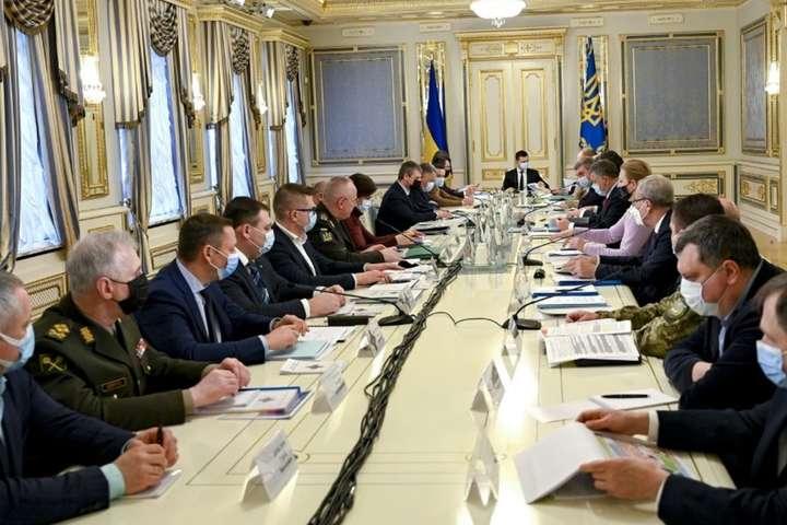 Обнародован полный перечень компаний, которые попали под санкции в Украине
