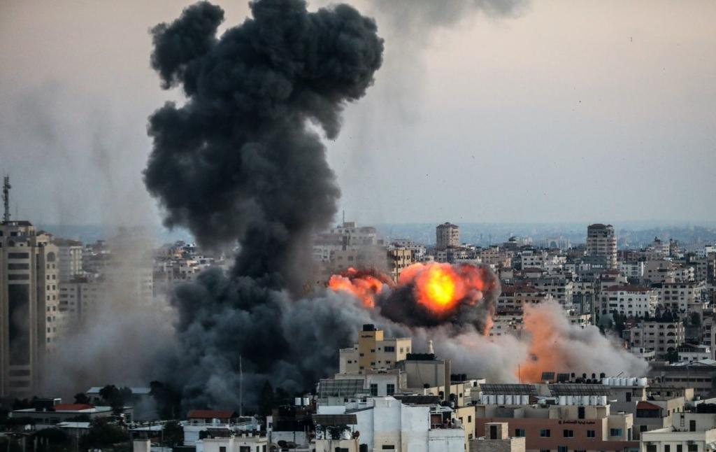 Ракета влучила по табору для біженців у Секторі Гази: серед загиблих є діти