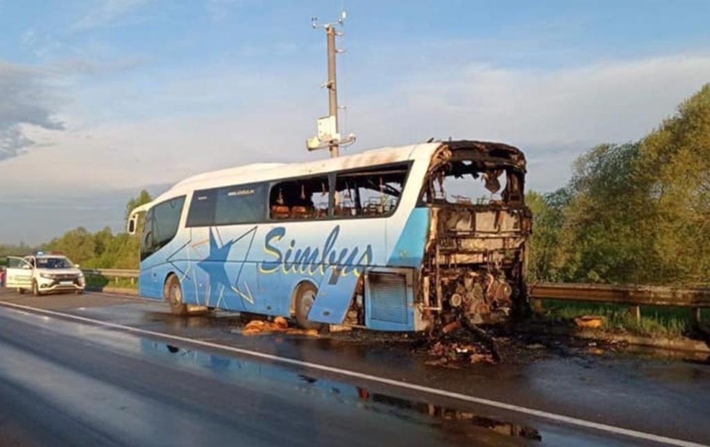 На трассе Киев-Чоп во время движения сгорел рейсовый автобус